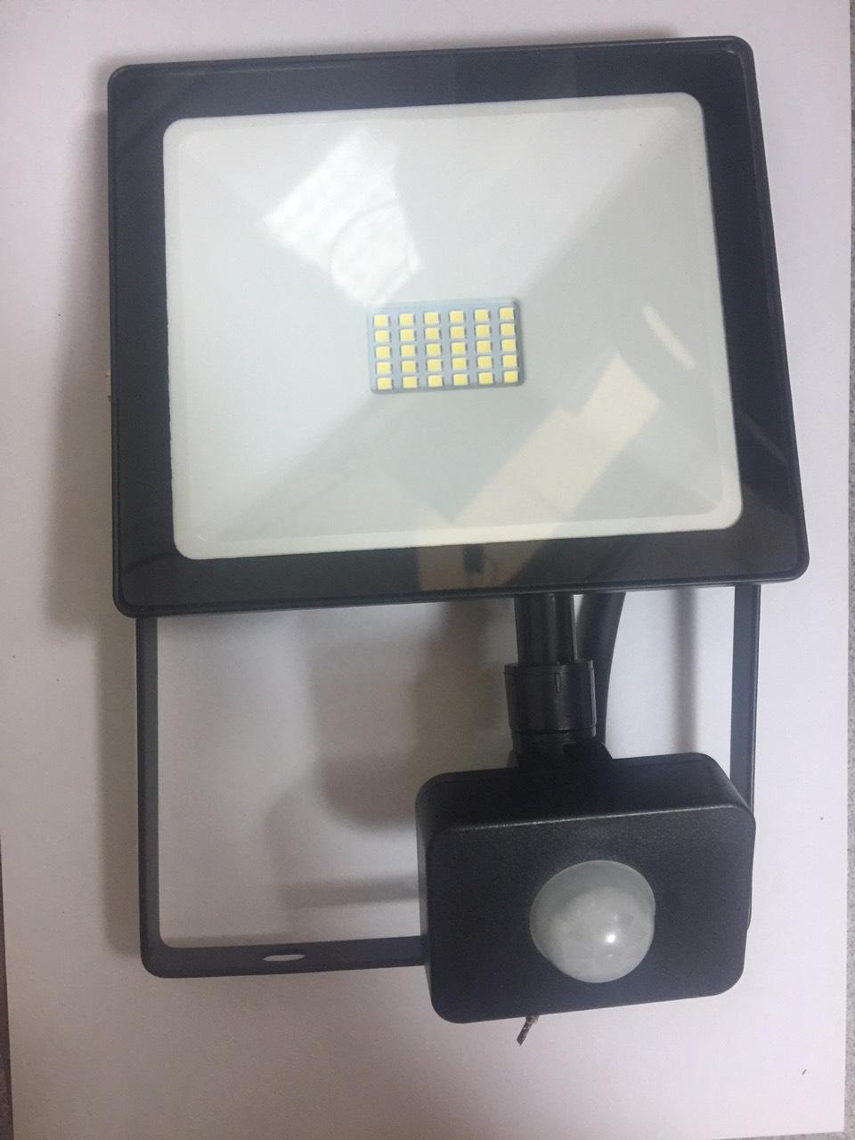 Светодиодный (LED) прожектор FL SMD Sensor Smartbuy- 30W/6500K/IP65